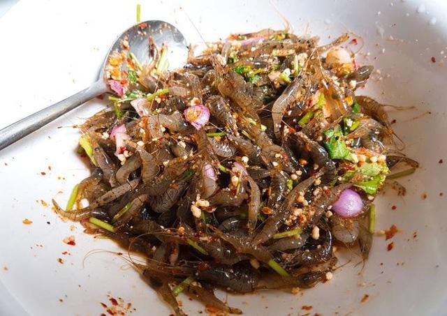 chi-voi-21-000-dong-ban-co-the-thuong-thuc-mon-dac-san-kinh-di-tep-nhay-tanh-tach-trong-mieng