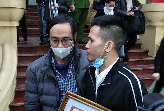 Vợ người hùng Nguyễn Ngọc Mạnh lên tiếng cảnh báo sau khi gửi lời cảm ơn tình cảm của mọi người - Ảnh 4.