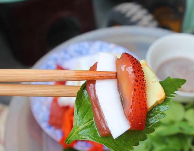 dac-san-hai-phong-bay-ve-ha-noi-duoc-vi-nhu-sashimi-phien-ban-viet