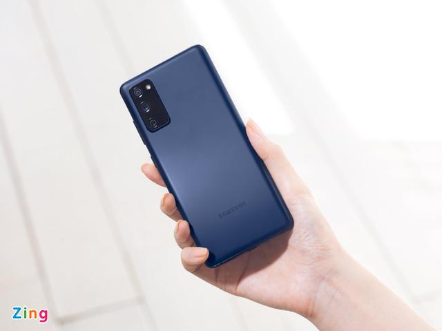 loat-smartphone-cao-cap-ve-gia-duoi-10-trieu
