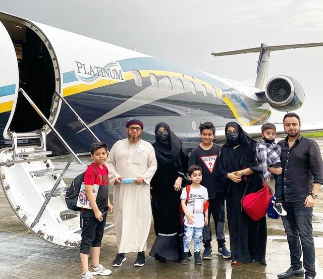 Đại gia Dubai chi 75.000 USD đưa cả nhà trốn khỏi tâm dịch Ấn Độ  - Ảnh 2.