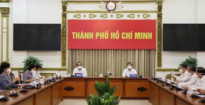 ubnd-tp-hcm-cong-bo-nhung-con-so-biet-noi-trong-15-ngay-thuc-hien-chi-thi-16
