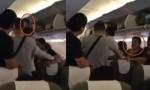 Mẹ đổi ghế không được, con trai đánh người trên máy bay Vietnam Airlines