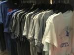 Buôn quần áo hàng thùng từ Campuchia,