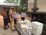 Bắt giữ xe chở 300 kg nội tạng và thịt động vật bốc mùi hôi thối