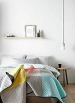Phòng ngủ có tủ đầu giường thế này đã phạm nguyên tắc phong thủy quan trọng khiến thần tài mãi chẳng gõ cửa nhà bạn
