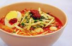 Malaysia: Nghi vấn loại bún khiến 60 trường hợp ngộ độc thực phẩm