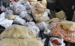 Thu giữ hơn 80kg ruốc bốc mùi ôi thiu được bày bán công khai