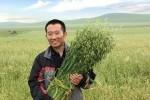 """Bỏ việc về làm nông, trong 7 năm """"đốt sạch"""" 1.000 tỷ nhưng nhờ 1 bức ảnh mà đổi đời"""