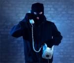 Mạo danh công an, gọi điện thoại lừa đảo hàng trăm triệu đồng