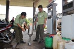 Gian lận chất lượng xăng dầu, một doanh nghiệp ở Đắk Lắk bị đình chỉ kinh doanh