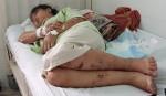 Em gái bị bắt giữ hành hạ đến sẩy thai, vì sao anh trai biết mà không cứu?