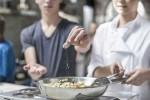 4 mối nguy hiểm khi người Việt ăn quá mặn