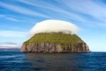 Kỳ lạ hòn đảo