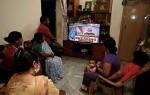 Ấn Độ phong toả 1,3 tỷ dân từ nửa đêm