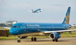 sieu-tau-bay-boeing-787-cua-vietnam-airlines-suyt-ha-canh-bang-bung