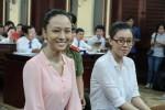 mai-phuong-thuy-khanh-van-2-hoa-hau-bi-an-don-oan-vi-manh-mieng-noi-ve-tien-bac-nha-xe