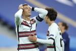 Ronaldo nhiễm Covid-19, lỡ vô số trận đại chiến của Juventus