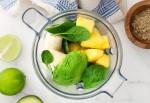 Có một loại sinh tố kết hợp rau và trái cây cực ngon mà lại giúp chị em hết khô da hiệu quả vào mùa lạnh sắp đến