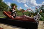 Thiếu nữ có đôi chân dài miên man: 1,35 m