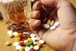 5 loại thuốc uống cùng rượu sẽ gây nguy hiểm