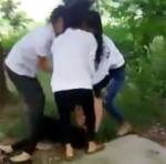 Bắc Giang: M.âu th.uẫ.n chuyện yêu đương, nữ sinh 15 tuổi bị l.ộ.t áo, quay cl.i.p đăng mạng xã hội