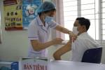 thay-doi-moi-nhat-tiem-vaccine-covid-19-cho-nguoi-tren-65-tuoi-mac-benh-nen-can-than-trong