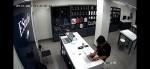 Diễn biến bất ngờ vụ nhân viên kĩ thuật FPT shop bị tố lấy cắp dữ liệu nhạy cảm của khách