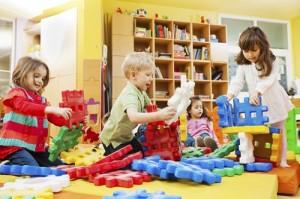 Thói quen mua nhiều đồ chơi cho trẻ là cha mẹ đang tự 'giết' trí não của con