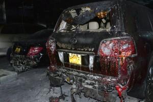 Cận cảnh loạt ô tô sang Mercedes, Lexus cháy đen trong hầm chung cư Carina
