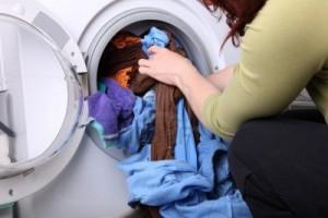 Vì sao máy giặt có thể khiến bạn ốm yếu, xấu xí hơn?
