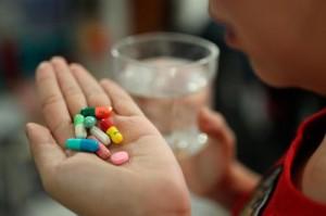 Cẩn trọng với uống thuốc