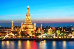 Giá tour du lịch sắp tăng theo giá vé máy bay