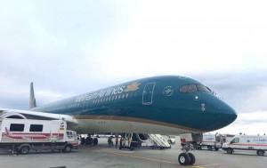 Máy bay Vietnam Airlines hạ cánh khẩn cấp ở Rumania để cứu hành khách