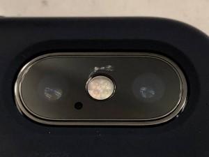 Hàng loạt mặt kính camera iPhone X bị nứt, phí sửa bằng tiền mua iPhone 7