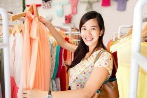 Nắm được 4 bí quyết này, việc mua sắm quần áo giày dép ngoài tiệm hay qua mạng sẽ không bao giờ phải hối tiếc