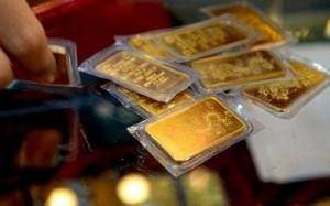 Vàng bớt 'lấp lánh', ngân hàng đầu tiên xin 'chấm dứt' hoạt động kinh doanh vàng miếng
