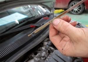 Những dung dịch này cần bảo dưỡng kịp thời trong mùa nóng nếu không muốn ô tô nhanh xuống cấp