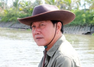 Sếp nữ PNJ bị khởi tố; tỷ phú đôla Việt làm điện thoại, sắm máy bay