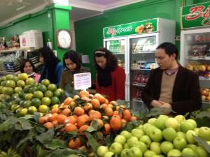 Đẩy mạnh kinh doanh trái cây an toàn, gắn tem truy xuất nguồn gốc