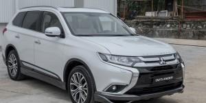 Ô tô giảm giá mạnh, xe rẻ nhất Việt Nam chạm đáy 260 triệu