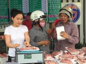 Giá thịt heo tăng sốc
