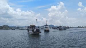 Phí tham quan vịnh Hạ Long lại tăng sốc