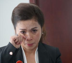 Vợ 'ông vua café' Đặng Lê Nguyên Vũ rơi nước mắt: 'Anh Vũ cần được cứu'