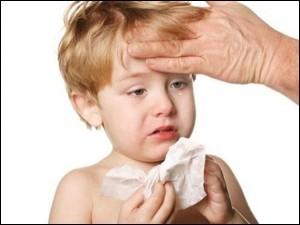 Hiểm họa khôn lường từ những chứng 'hắt hơi, sổ mũi' đơn thuần ở trẻ