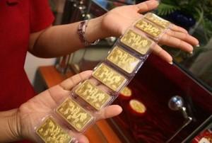 Giá vàng hôm nay 2/10: USD tăng, vàng giảm không ngừng
