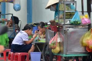 Phạt nặng để chống thực phẩm bẩn