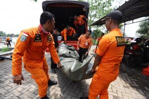 Vụ máy bay Lion Air rơi xuống biển: Không còn ai sống sót