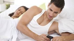 Chồng ngoại tình, phụ nữ khôn ngoan nói ngay 5 câu này để cứu vãn hôn nhân sắp đổ vỡ