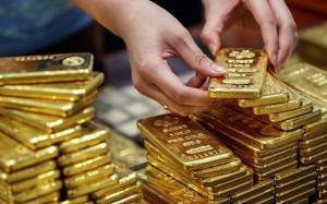 Giá vàng hôm nay 13/11: USD tăng vọt, vàng lao xuống đáy